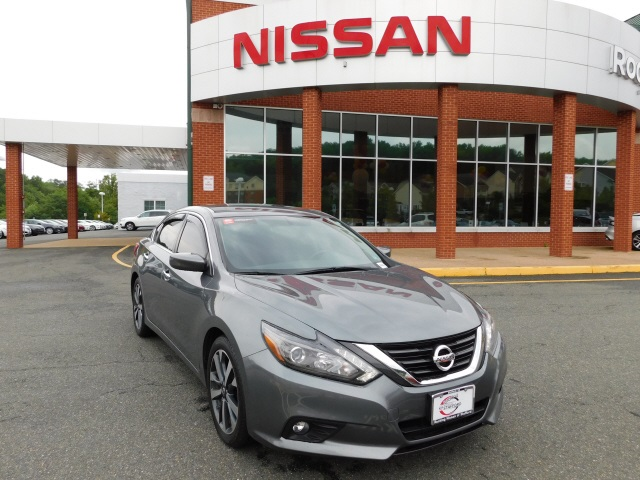Certified Pre-Owned 2016 Nissan Altima 3.5 SR